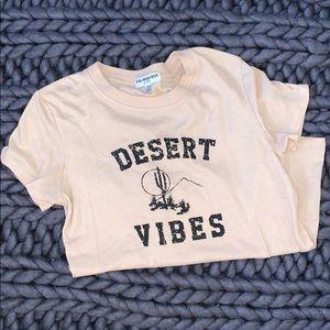 Desert vibes graphic tee